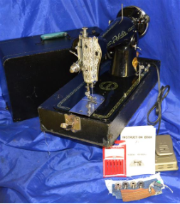 LOS ANGELES BELAIR IMPERIAL 15 CLASS SEWING MACHINE