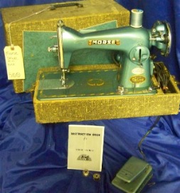 MORSE DELUXE 200 15 CLASS SEWING MACHINE