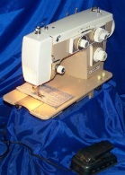 WESTERN ELECTRIC ZIGZAG SEWING MACHINE 2716
