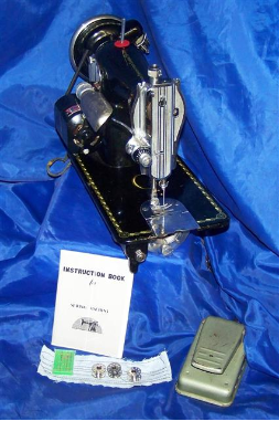 MORSE DELUXE 15 CLASS SEWING MACHINE