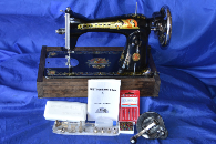SINGER 25 CLASSIC ORIGINAL SEWING MACHINE WITH NEW HAND CRANK